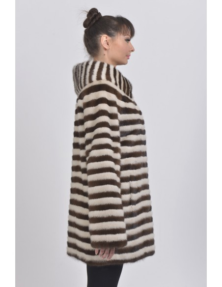 Short pearl white and brown mink coat right side