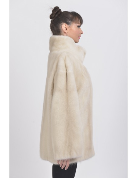 Short pearl white mink coat right side